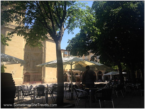 I love all the outdoor cafés and restaurants in Spain.