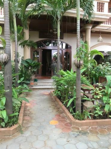The Golden Mango Inn