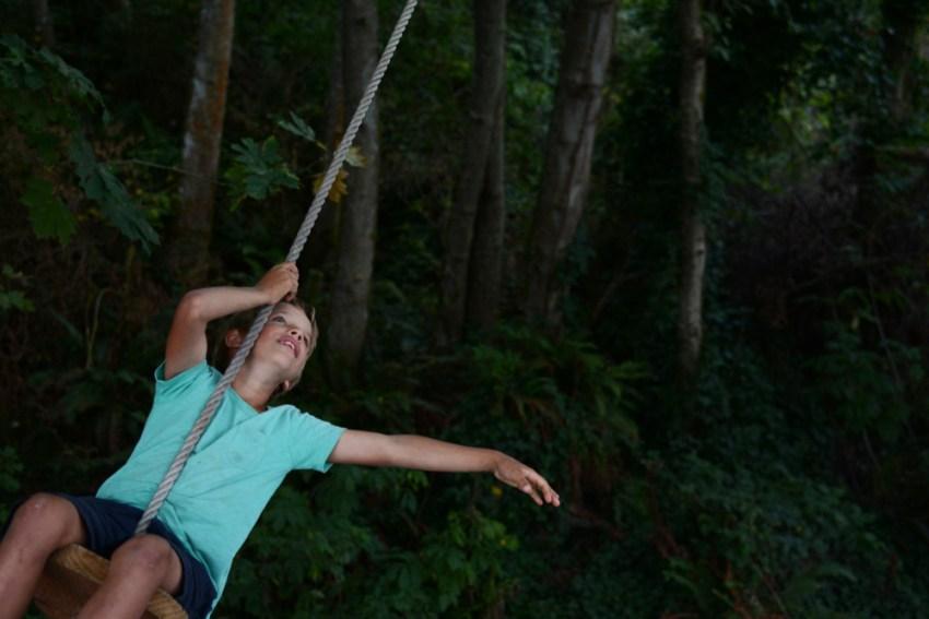 quin swinging
