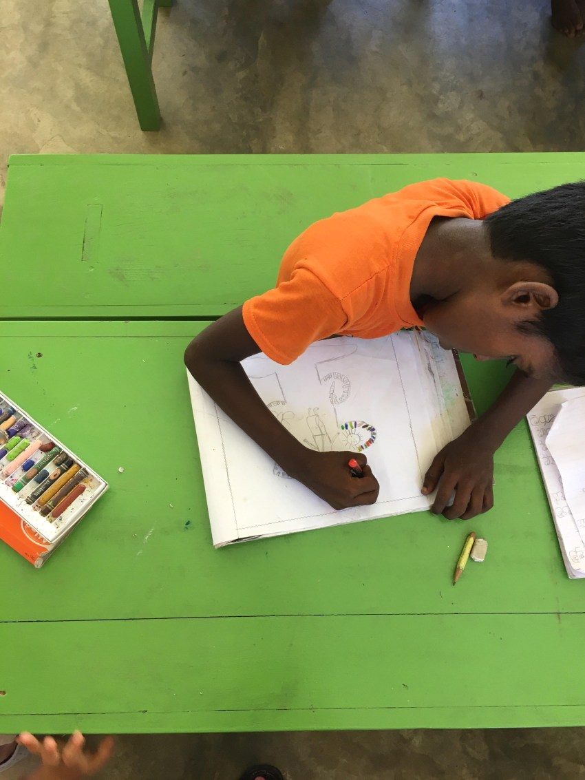 boy colouring_RainbowCentre