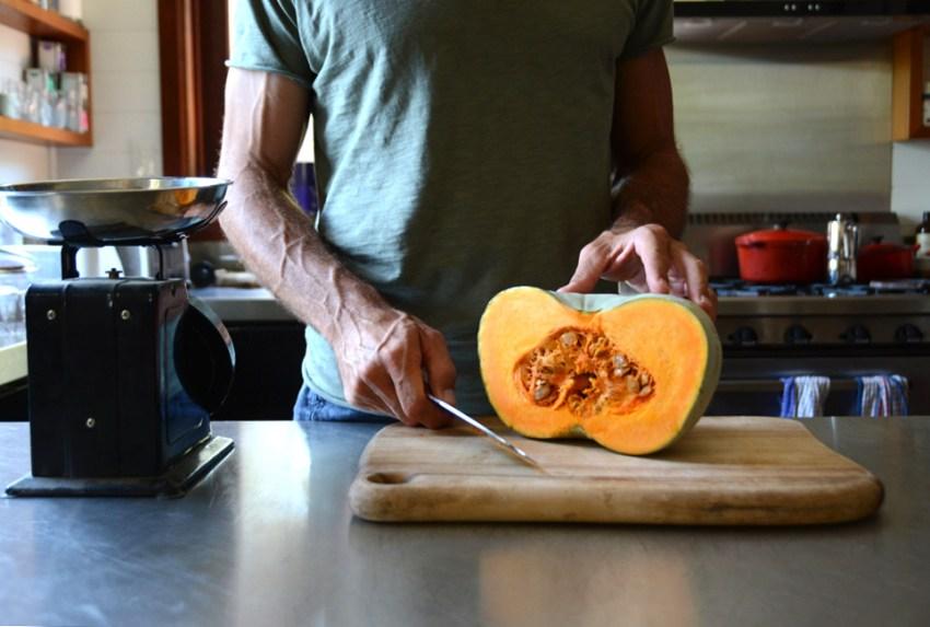 michael-cutting-pumpkin