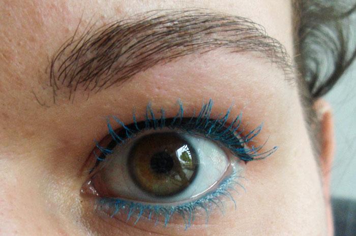 gekleurde mascara blauw totaal
