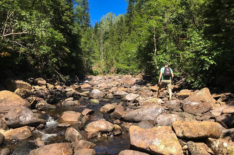 Trollfoss waterval rotsen