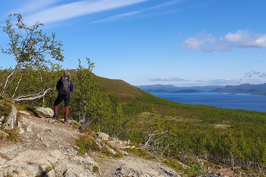 Hiken in Lapland met prachtig uitzicht - sommarmorgon.com