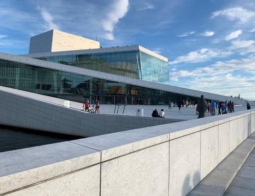 Ontdek Oslo - wandel over het dak van Operahuset