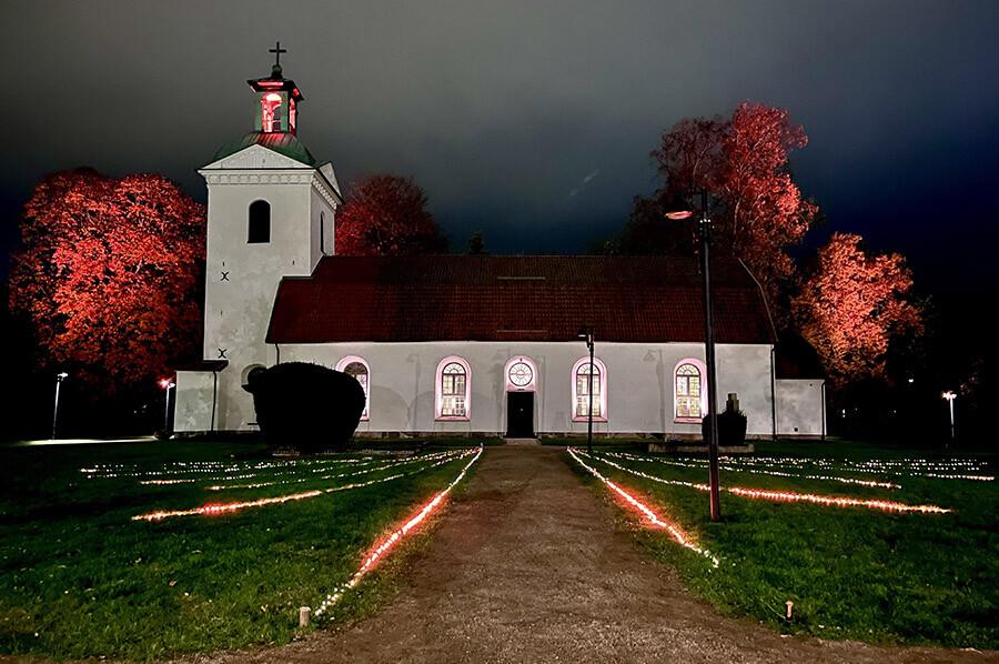 Landskyrkan Alingsås - Sommarmorgon.com