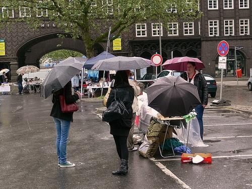 Hinz&Kunzt Flohmarkt in der Hamburger Innenstadt