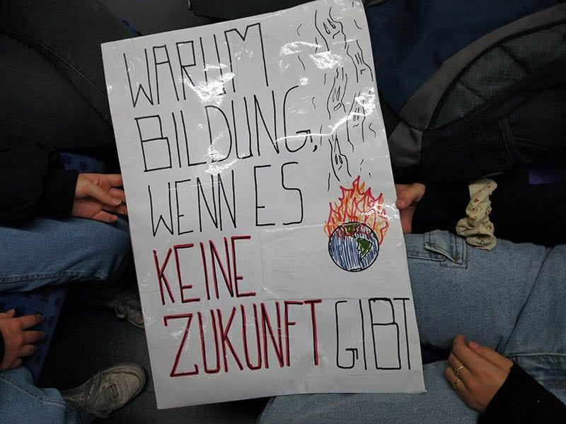 Klimastreik #allefürsklima auf den Jungfernstieg in Hamburg