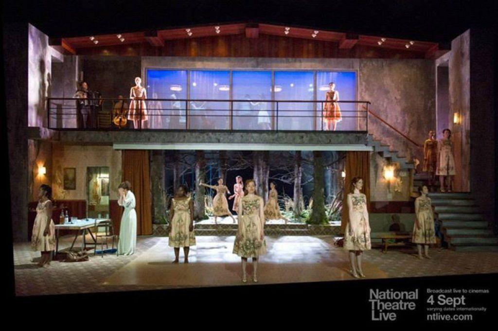 Medea - National Theatre - (c) Richard Hubert Smith.