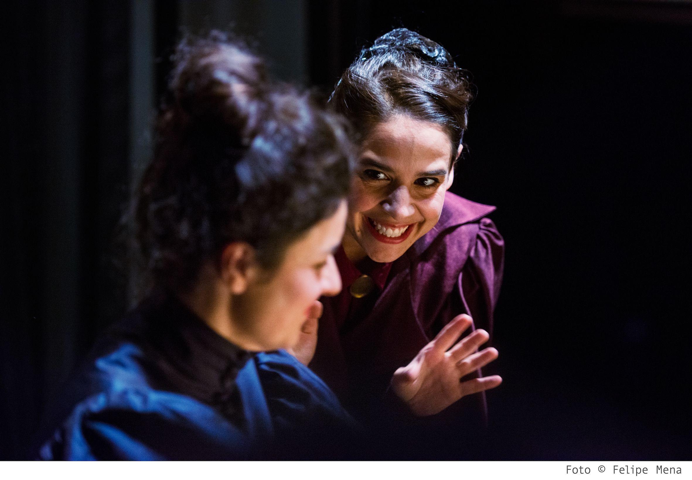 L'habitació del costat (The vibrator play) - (c) Felipe Mena