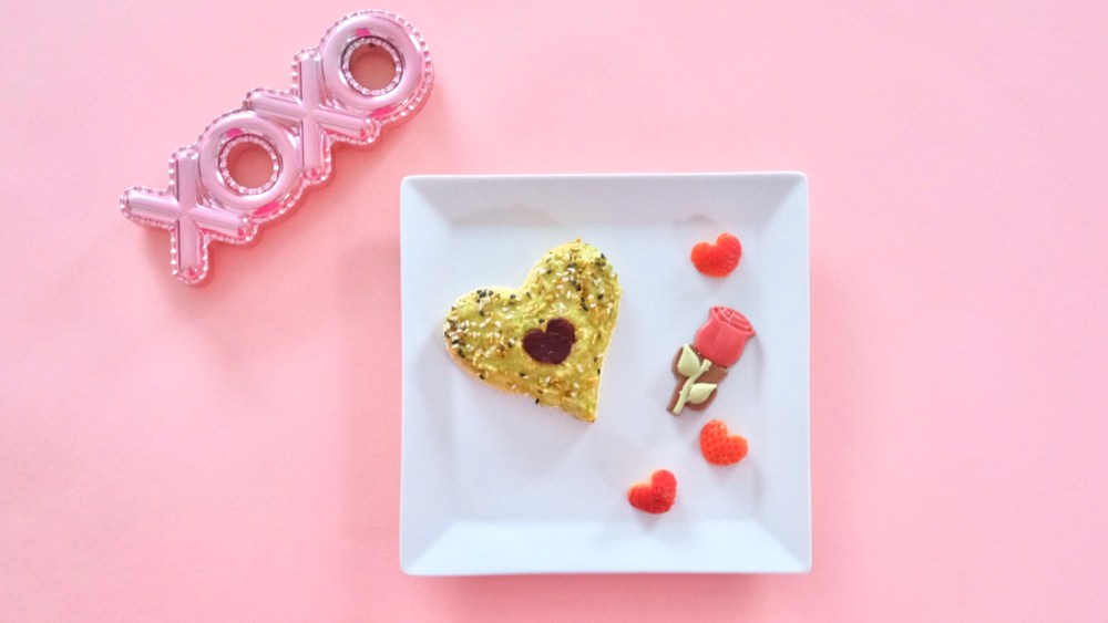 heart shaped avocado toast valentines day toddler meal