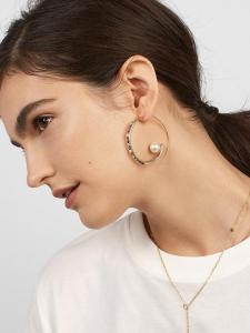 BaubleBar-Delia-Hoop-Earrings