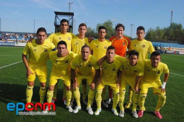 """Alineación del Villarreal """"C"""" con Candela y Florin en el once. Foto: www.elperiodic.com"""