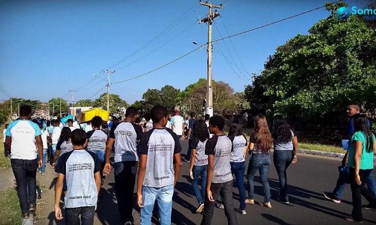 Caminhada Escola Antonio Castro dia da árvore Amarante
