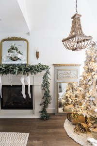 French Vintage Christmas Living Room and Mantel Tour | So ...