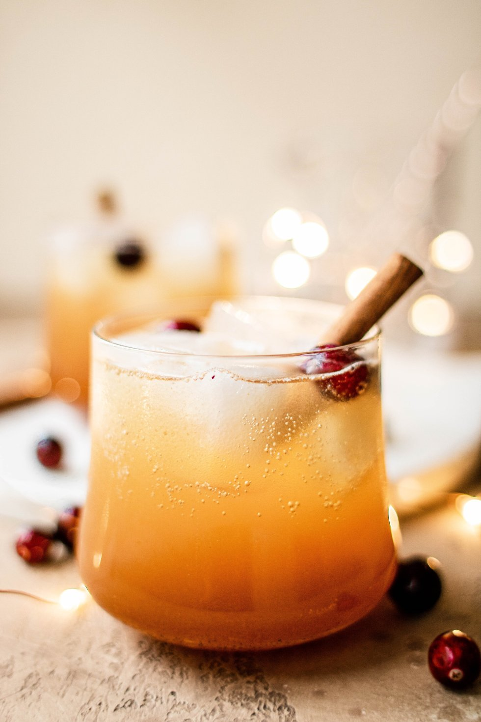 bourbon apple cider fizz cocktail