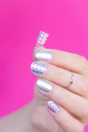 simple silver nail art short