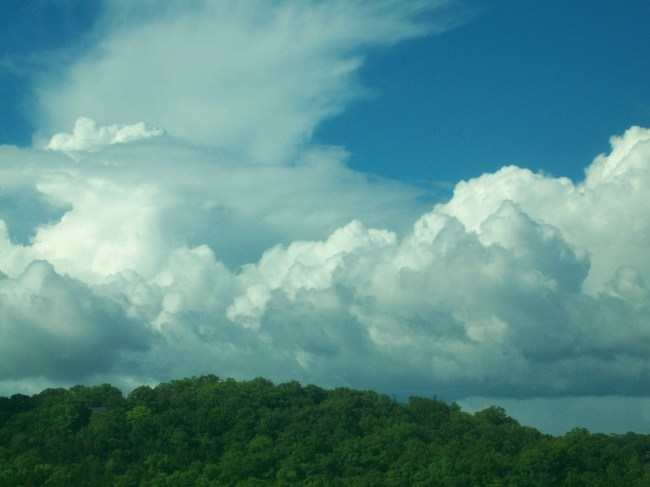 MAY 30 14 AWESOME CLOUDS OVER BEAUTIFUL BRANSON MO USA