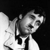 Владимир Высоцкий в роли Чаплина - Гитлера (Павшие и живые)