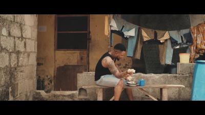 VIDEO: OritseFemi - Born To Win