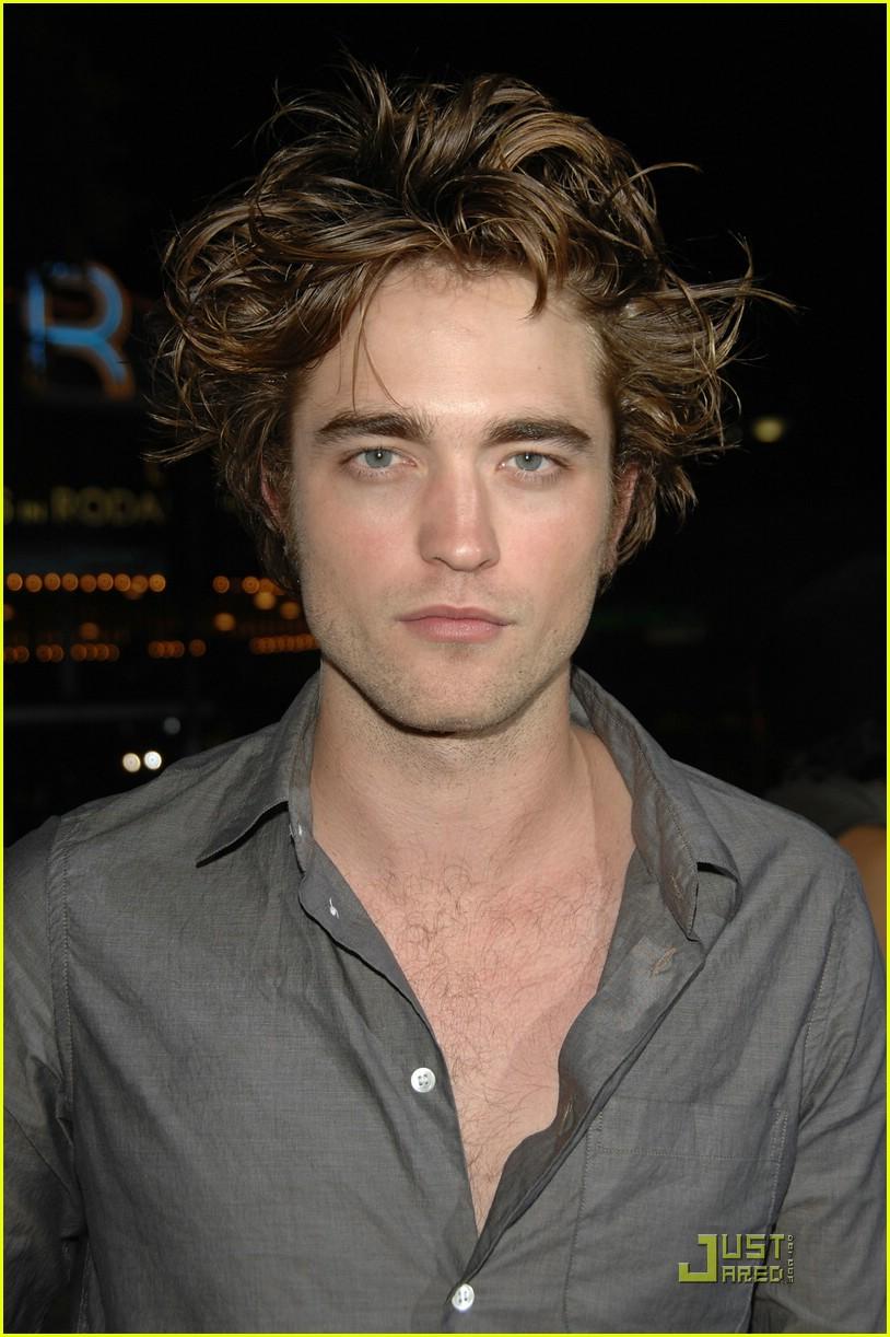 qui ne Robert Pattinson datant maintenant