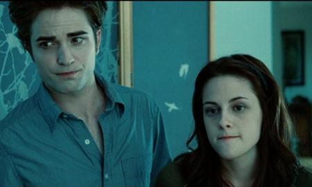Edward et Bella adorent la cafette