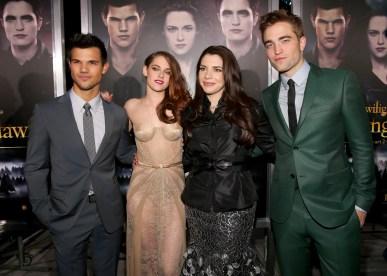 Photos & Videos de L'Avant Première de Breaking Dawn Part 2 (Twilight chap 5) à LA avec les Acteurs !