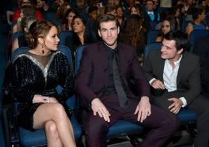 Hunger Games Cast - PCA -2013 -Backstage- 009