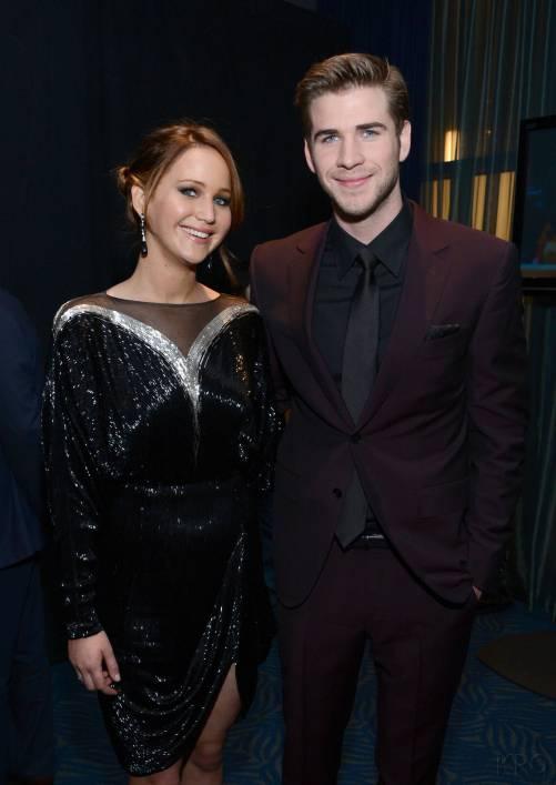 Hunger Games Cast - PCA -2013 -Backstage- 015