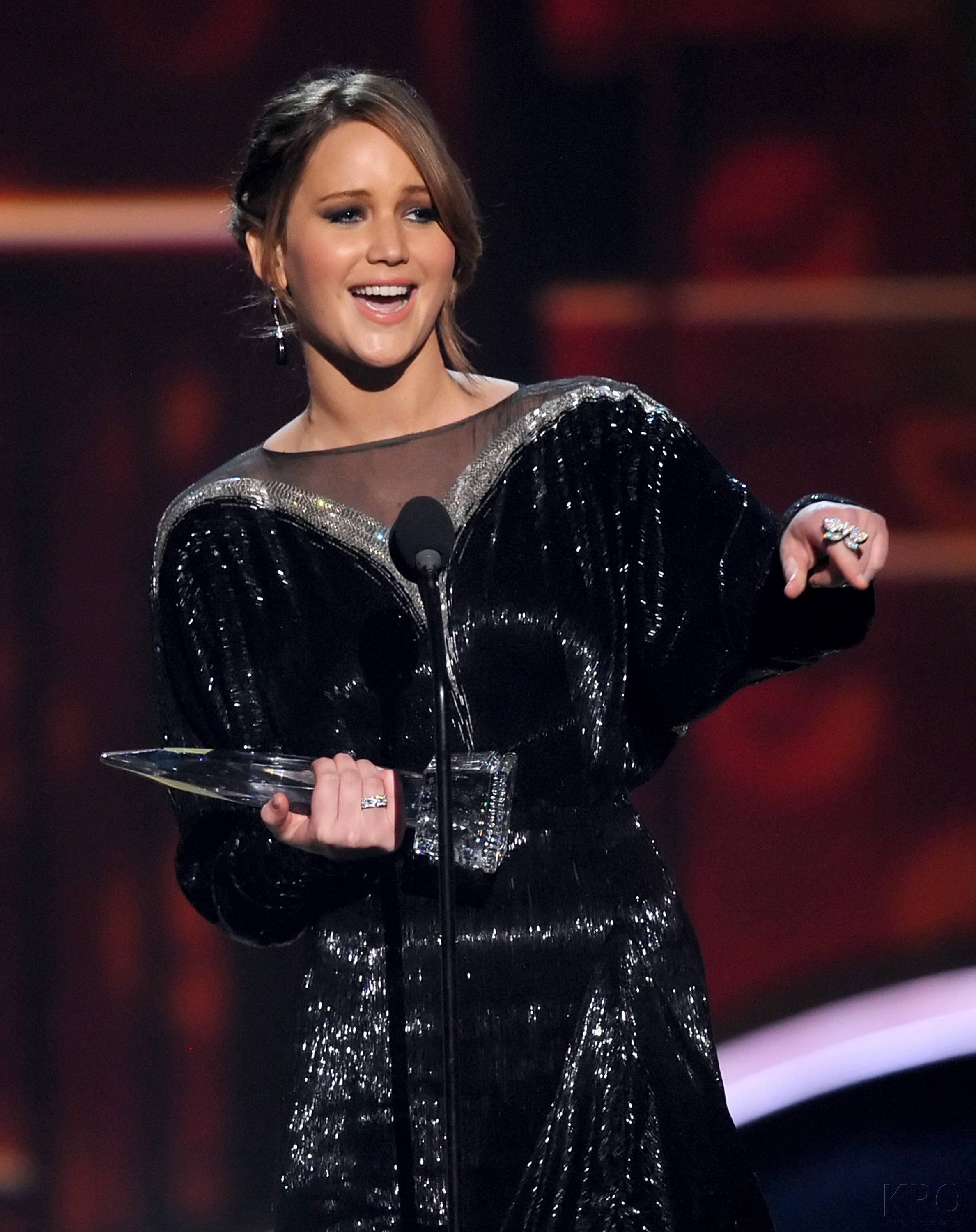 Hunger Games Cast - PCA -2013 -Nominations- 003