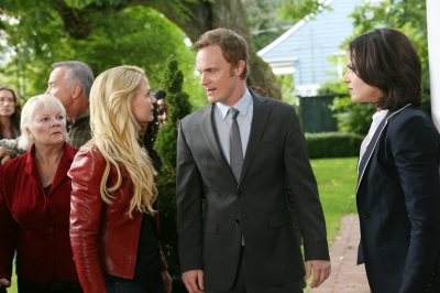 Once Upon A Time Saison 2 Episode N°1 - Broken (Brise) 001