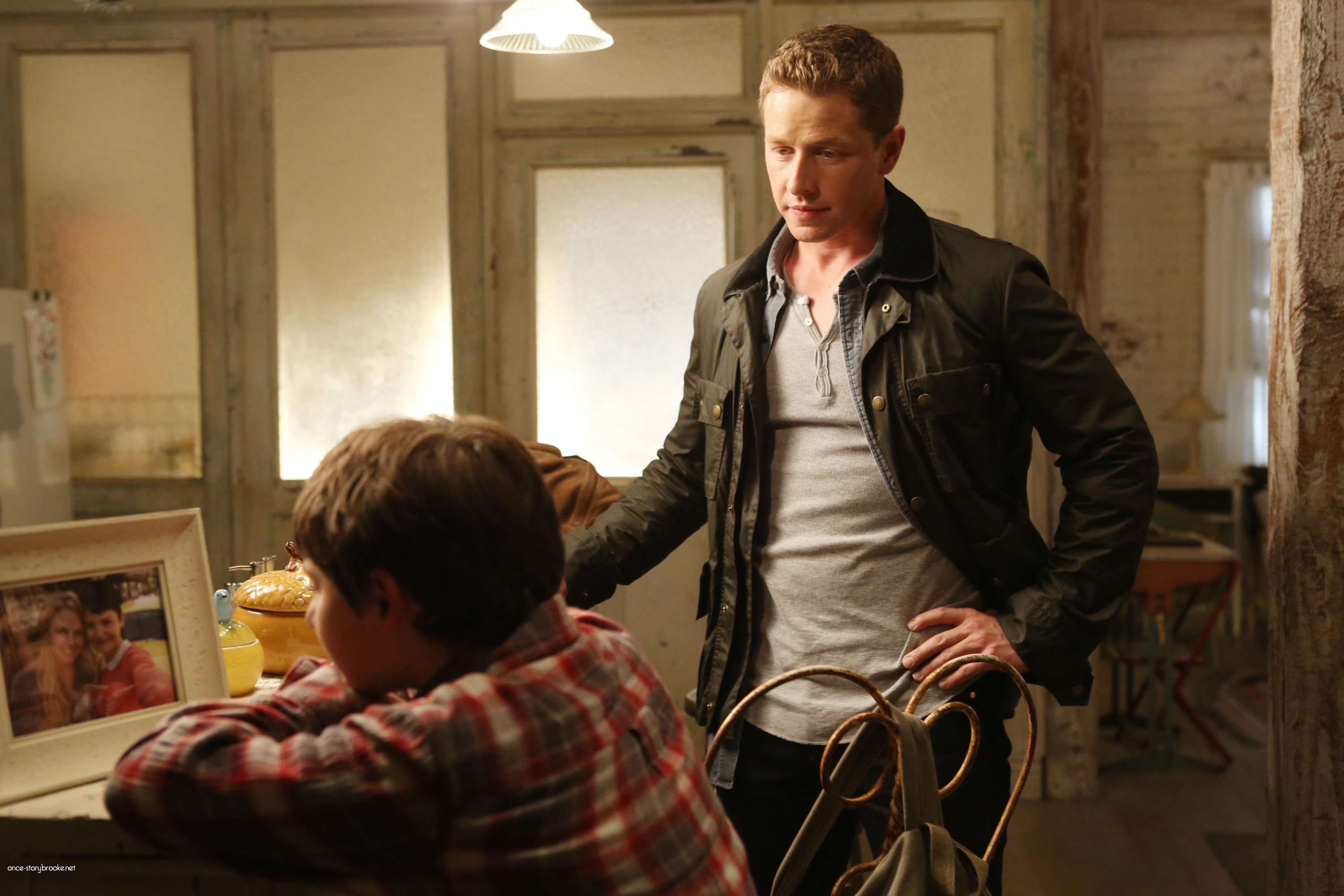Once Upon A Time Saison 2 Episode N°1 - Broken (Brise) 018