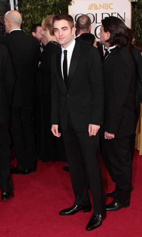 Robert Pattinson Aux Golden Globe 2013 - Red Carpet- 0012