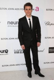 Elton John AIDS Fondation - Paul Wesley
