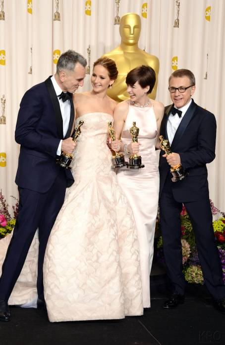 Jennifer Lawrence - L'Après Oscar - La Press Room 036