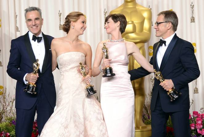 Jennifer Lawrence - L'Après Oscar - La Press Room 037