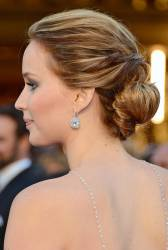 Jennifer Lawrence - Le Red Carpet de la 85eme Cérémonie des Oscars 030