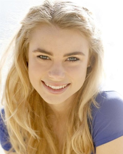 Lucy Fry / Lissa