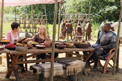 Once Upon A Time Saison 2 – Fiche Episode N°3 - Lady Of The Lake 023