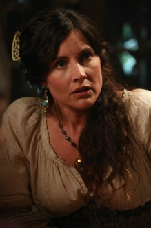 Once Upon A Time Saison 2 - Fiche Episode N°4 - The Crocodile - 0003