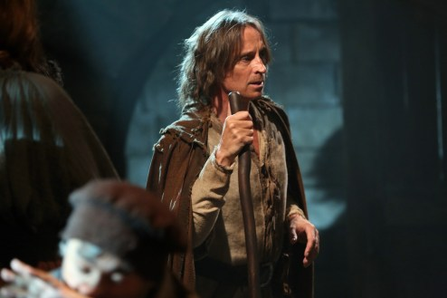 Once Upon A Time Saison 2 - Fiche Episode N°4 - The Crocodile - 0012