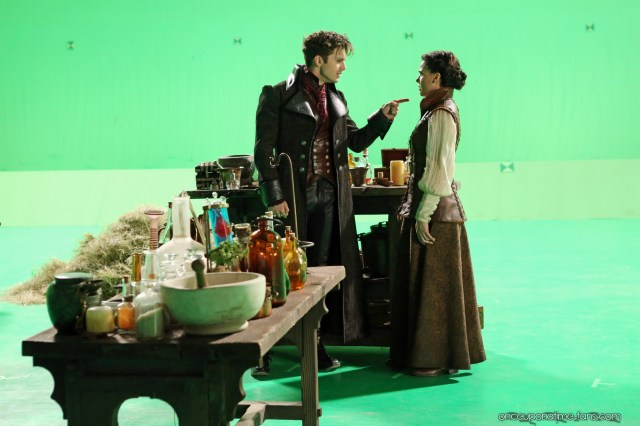 Once Upon A Time Saison 2 - Fiche Episode N°5 - The Doctor 23