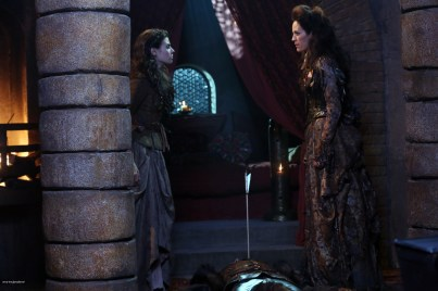 Once Upon A Time Saison 2 - Fiche Episode N°7 - Child Of The Moon - Les Enfants de la Lune 015