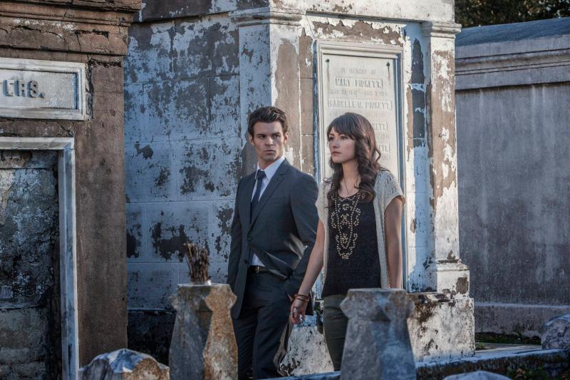 TVD 4x20 The Originals - Elijah & Sophie