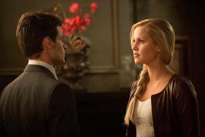 TVD 4x20 The Originals - Elijah & Rebekah