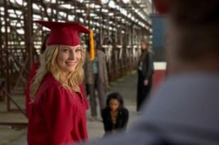 TVD 4x23 - Graduation - Caroline