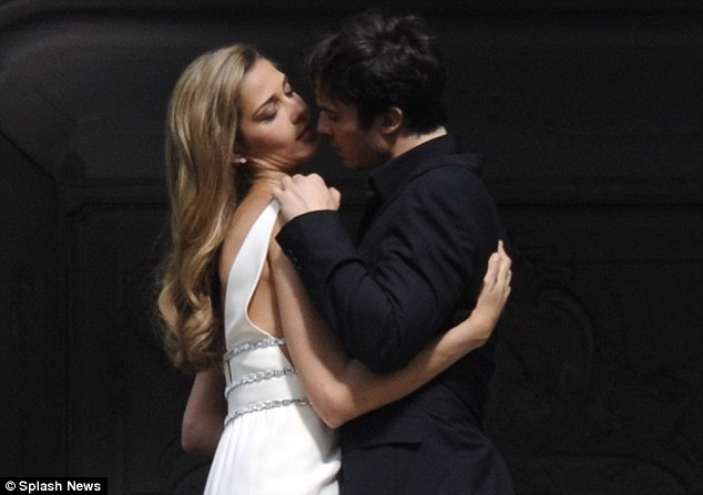 ian somerhalder - shoot parfum azarro 05