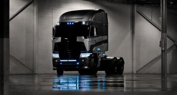 Transformers 4 -freightliner_1