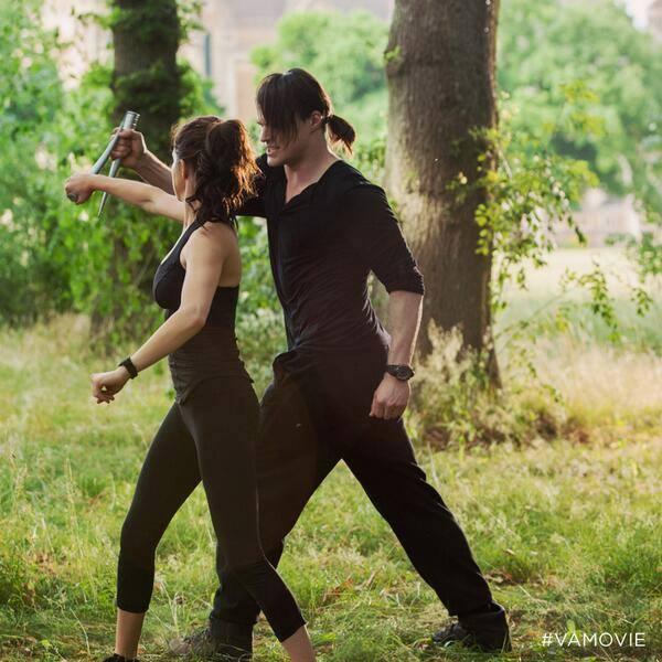 Vampire Academy - Rose & Dimitri Belikov