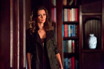 TVD 5x11 - 500 Years of Solitude - Nadia